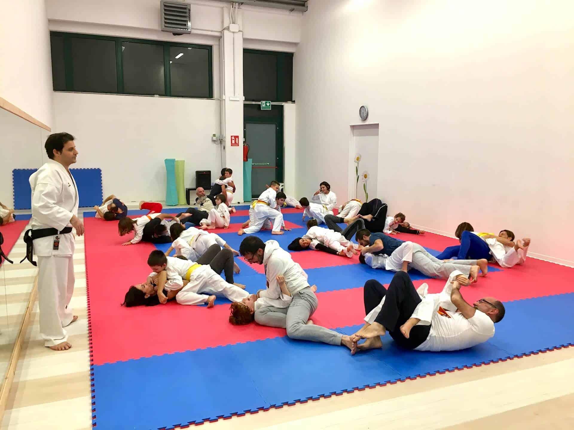 Karate Jitsu - Pizza di Natale e allenamento Family Class